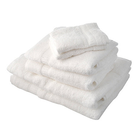 Home Collection Basics - White super-soft cotton towel bale
