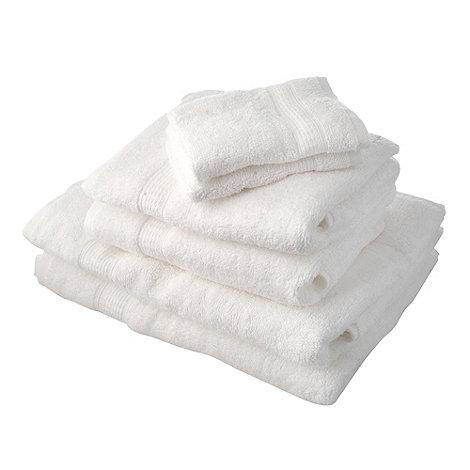 Home Collection Basics - White super-soft cotton towel bale