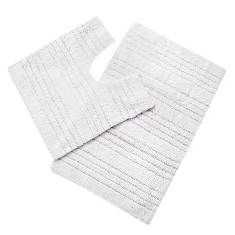 Home Collection Basics - White pedestal and bath mat set