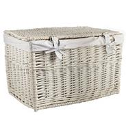 White small wicker trunk