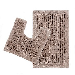 Christy - Natural pedestal and bathmat set