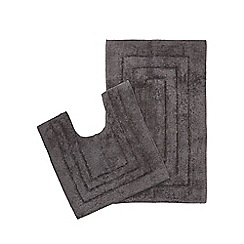 The Fine Linens Company - Grey bathmat and pedestal mat set