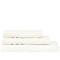 Christy - White hand towel