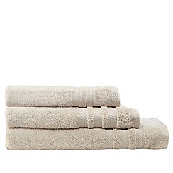 Christy - Natural hand towel