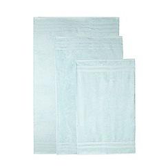 Christy - Aqua striped towel