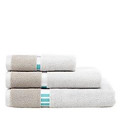 Ben de Lisi Home - Grey striped towel