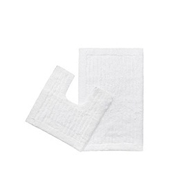 Christy - White bath mat and pedestal mat set