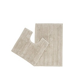 The Fine Linens Company - Natural bath mat and pedestal set