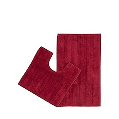 The Fine Linens Company - Dark pink bath mat and pedestal set