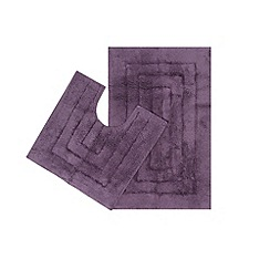 The Fine Linens Company - Purple bath mat and pedestal set