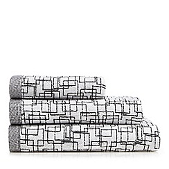 Ben de Lisi Home - Black monochrome square towel