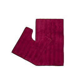 Home Collection - Dark pink pedestal and bath mat set