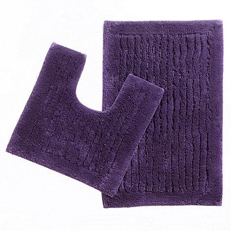 Christy - Purple tufted pedestal and bath mat set