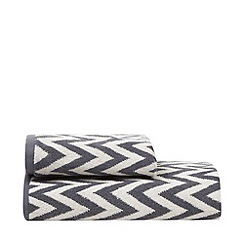 Betty Jackson.Black - Grey chevron print cotton towels