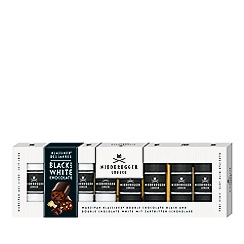 Debenhams - Scottish biscuit assortment in cakestand tin