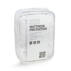 Home Collection - Waterproof towelled mattress protector