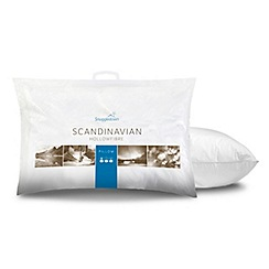 Snuggledown - 'Scandinavian' polyester pillow