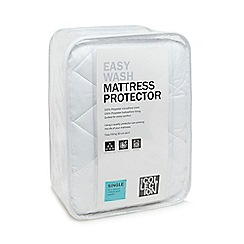 Home Collection - White quilted mattress protector