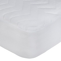 Home Collection - Polyester filled quilted waterproof mattress protector