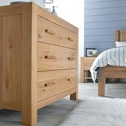 Washed oak 'Lyon' chest of three drawers