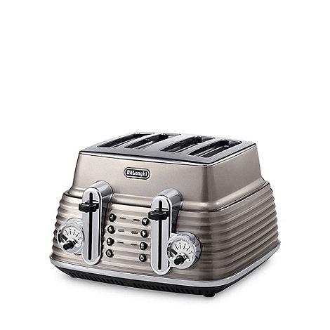 DeLonghi - Champagne +Scultura+ CTZ4003.BG four slice toaster