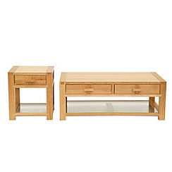 Willis & Gambier - Oak 'Monterey' coffee and side table set