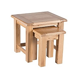 Willis & Gambier - Oak 'Normandy' nest of 2 tables