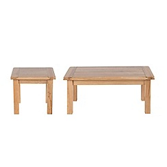 Willis & Gambier - Oak 'Normandy' coffee and side table set