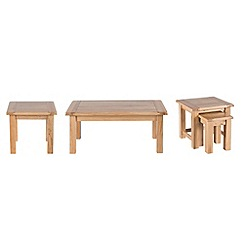 Willis & Gambier - Oak 'Normandy' coffee, side and nest of tables set