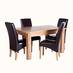 Willis & Gambier - Oak 'Normandy' small extending table and 4 'Fletton' chairs