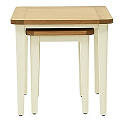 Willis & Gambier - Oak top 'Newquay' nest of 2 tables