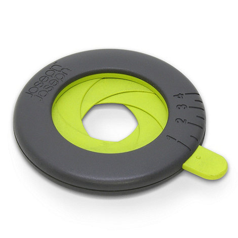 Joseph Joseph - Adjustable Spaghetti Measure in grey and green
