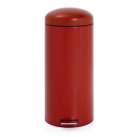 Brabantia - Deep red 30 litre retro pedal bin