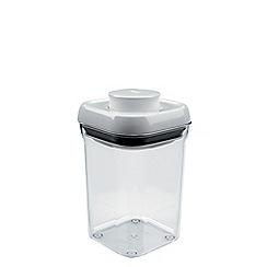 OXO - 900ml small square 'Pop' container