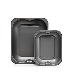Home Collection Basics - Pack of two grey non-stick roasters