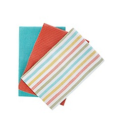 Debenhams - Set of three assorted tea towels