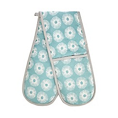 Home Collection Basics - Blue floral print oven gloves