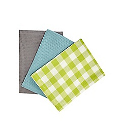 Home Collection Basics - Set of three assorted gingham tea towels