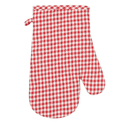 Home Collection Basics - Red gingham checked oven glove