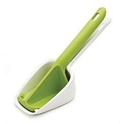 Joseph Joseph - Scoop Ricer potato ricer in white and green
