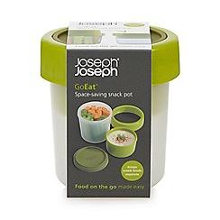 Joseph Joseph - GoEat space-saving snack pot in green
