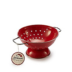 At home with Ashley Thomas - Red heart colander