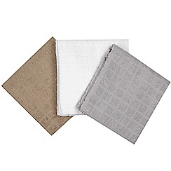 Debenhams - Set of three grey square textured hand towels