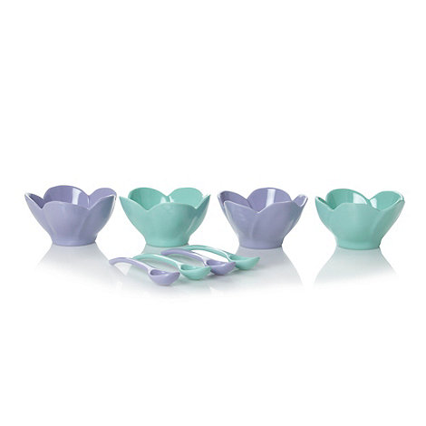 At home with Ashley Thomas - Mint green ice cream bowls and spoons set