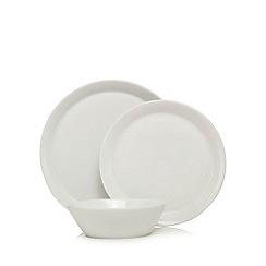 Ben de Lisi Home - White 12 dinner plates, dessert plates and cereal bowls set