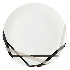 Ben de Lisi Home - White 'Brooklyn' cross dinner plate