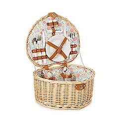 At home with Ashley Thomas - Two person heart shaped picnic hamper