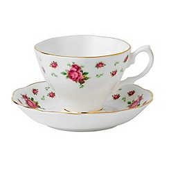 Royal Albert - Fine bone china 'Country Rose' tea cup and saucer