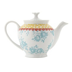 At home with Ashley Thomas - White porcelain 'Heirloom' tea pot