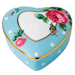 Royal Albert - Fine China Blue heart shaped box